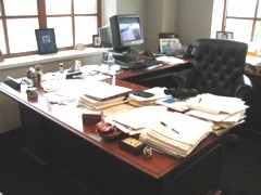 Lori's Desk Before 2